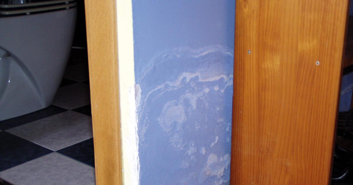 Humedades en ba os y cocinas murprotec for Showroom banos y cocinas
