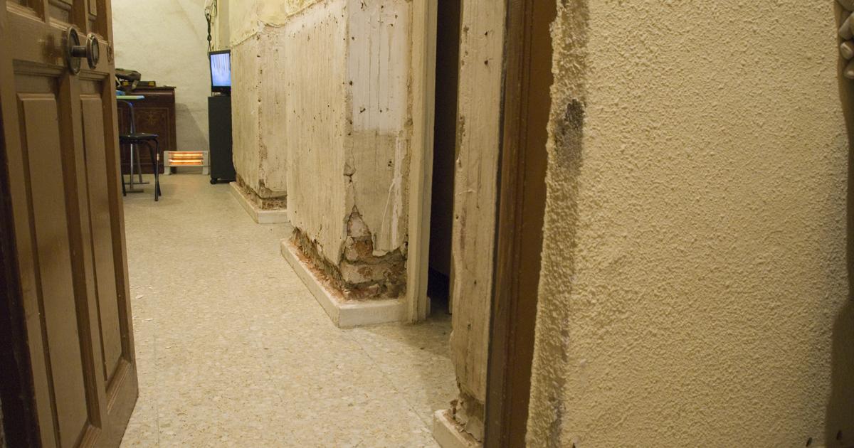 Como sacar la humedad de la pared affordable cmo - Como quitar las manchas de humedad de las paredes ...