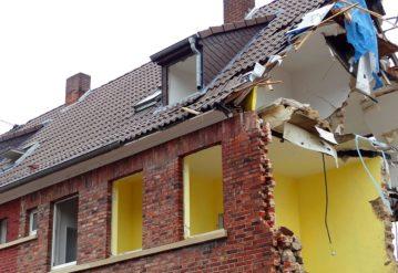 consecuencias humedades muro carga
