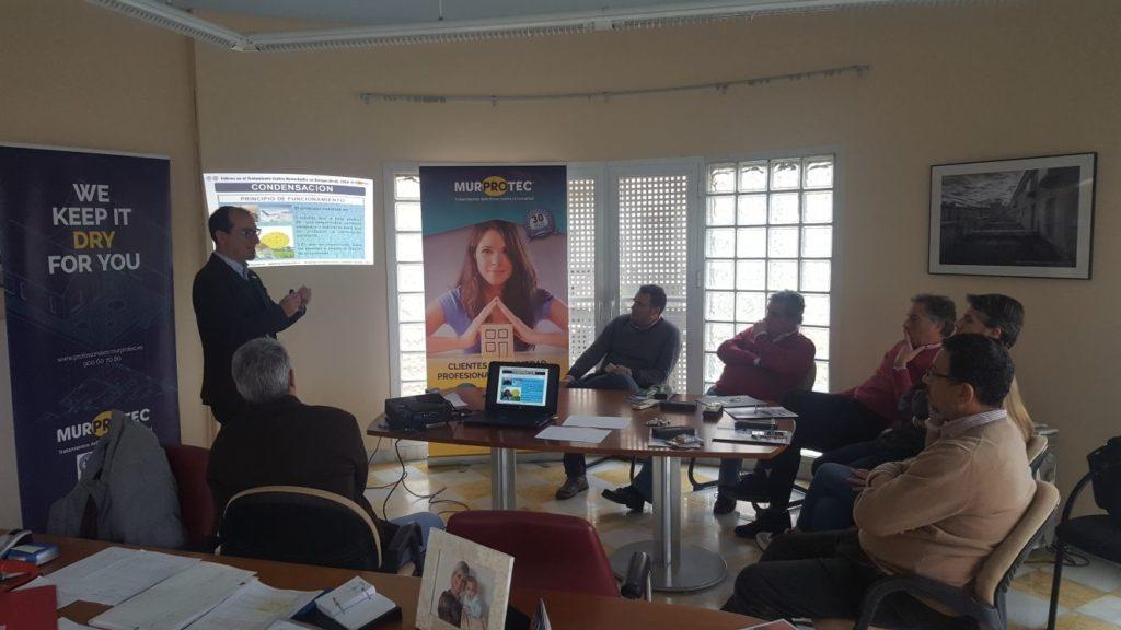 La Agencia de Vivienda y Rehabilitación de Andalucía forma a sus técnicos de Huelva sobre humedades estructurales gracias a Murprotec