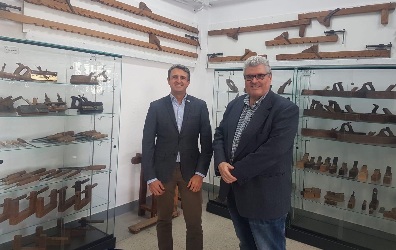 Ángel Cano , director de Murprotec Madri y el profesor de la UPM, Alberto Sepulcre en la UPM