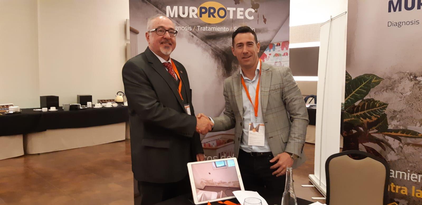 Álvaro Pestaña, presidente del CAF Málaga y Manuel Martínez, director de Murprotec Andalucía Oriental