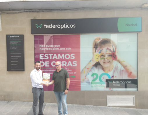 Manuel Martínez, director de Murprotec en Andalucía Oriental junto a Gilberto Moreno, óptico de Federópticos Trinidad