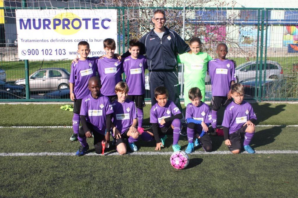El equipo de fútbol juvenil Racing Blanenc de Blanes