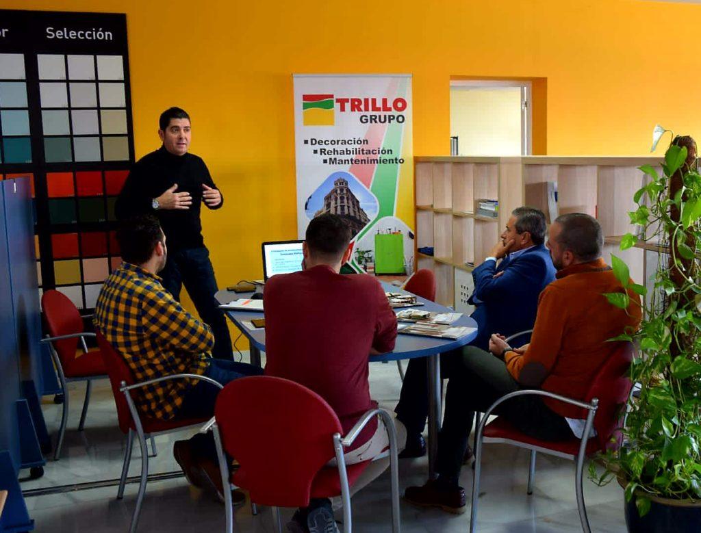 Javier Maestre durante la jornada de formación a los empleados de Grupo Trillo.