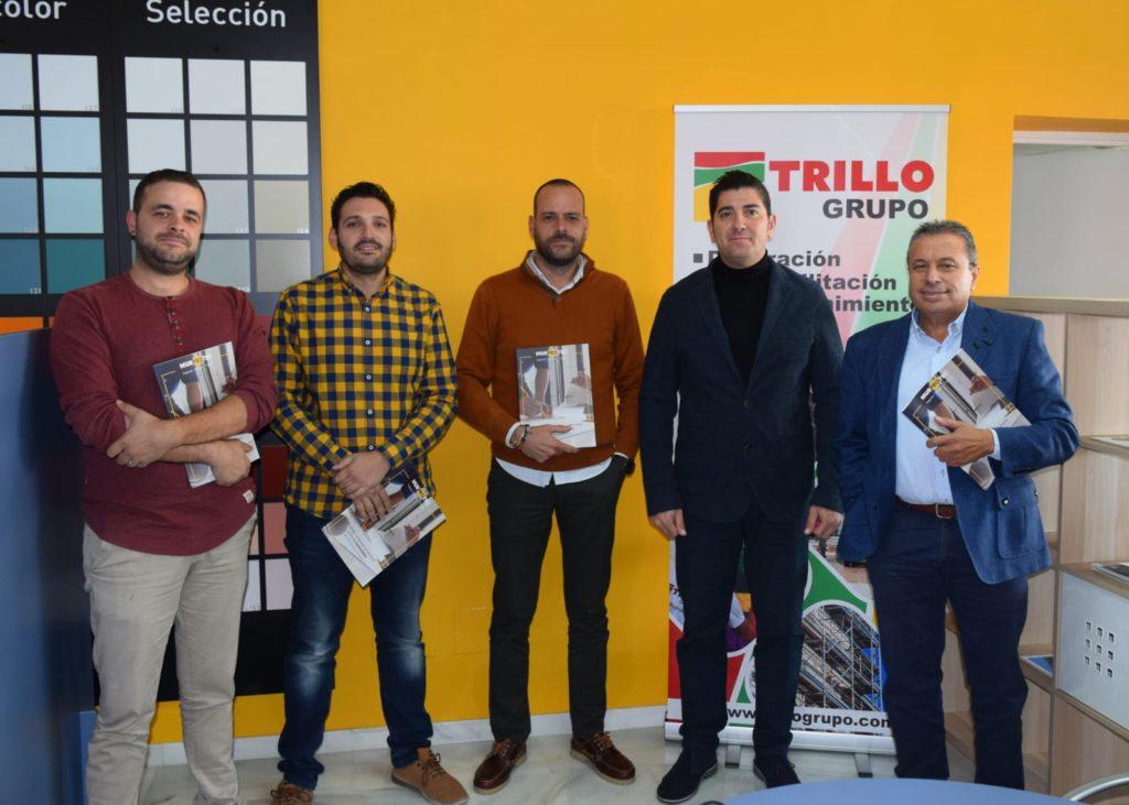 El equipo Grupo Trillo y el representante de Murprotec tras la jornada.