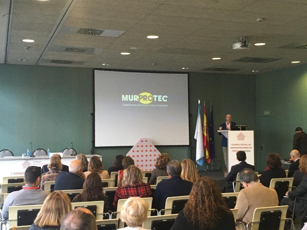 Momento de la ponencia de Miguel Ángel Leite en las II Jornadas Gallegas de AAFF