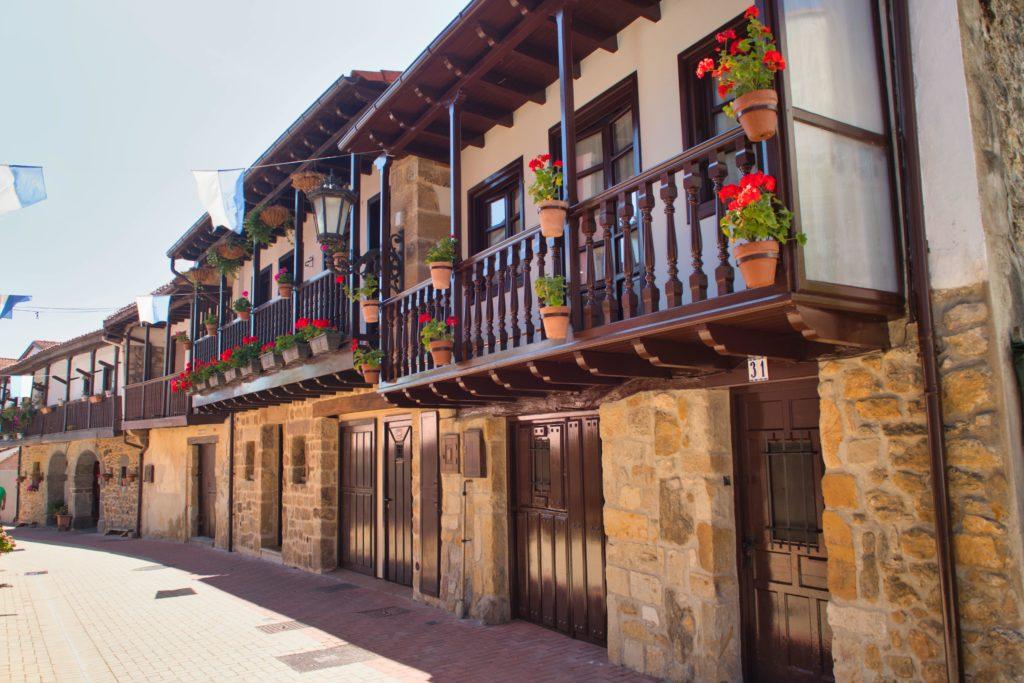 Pueblo tradicional de Cantabria-humedades Murprotec